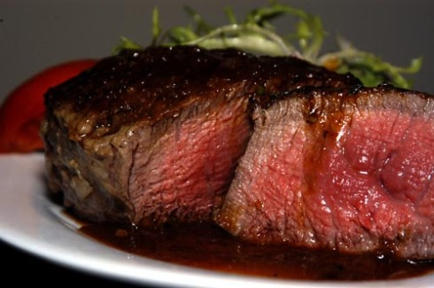 Pan-Seared Filet Mignon with Shallot-Wine Sauce